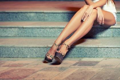 DÜNNE BEINE » Wie bekommt man dünne Beine?